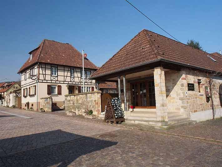 Deutsches Weintor, Schweigen Rechtenbach